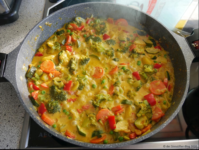 Gemüse-Erdnuss-Curry
